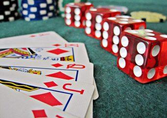 Discovering Online Gambling